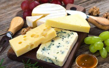 Cheese_Closeup_489467_1440x900